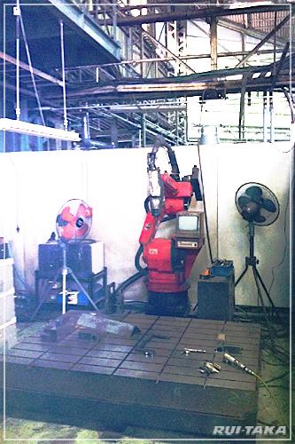 RT-T070327 SUS角型テニスポスト 製作工場にて:ルイ高